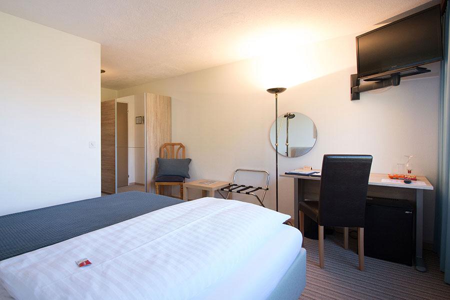 Bild normal Einzelzimmer Standart-Park-Hotel Inseli-cr-3228-900x600