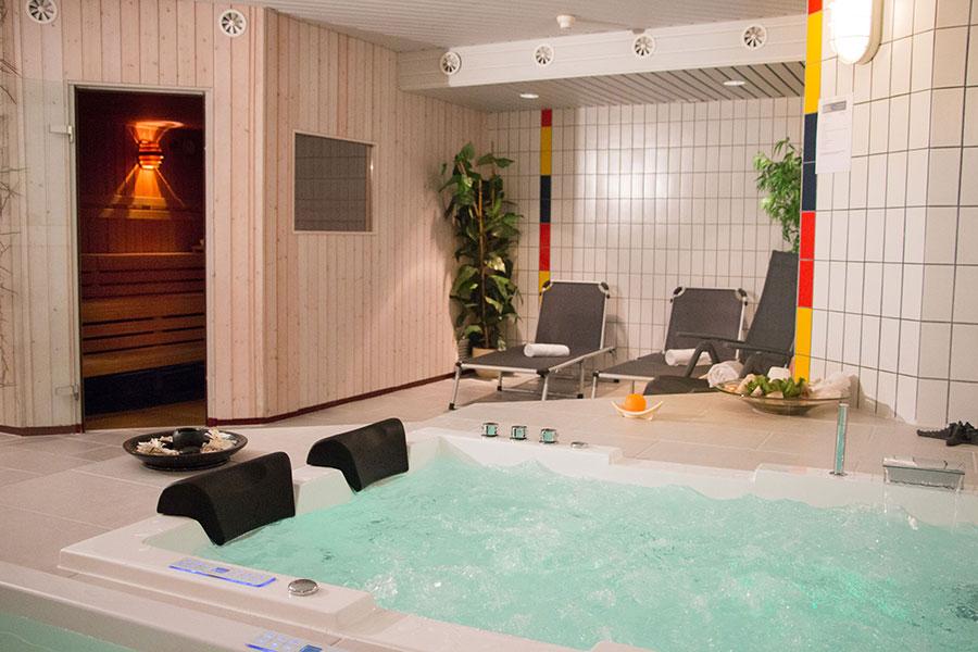 Bild-normal-Wellness-Park-Hotel-Inseli-Untitled-1-900x600