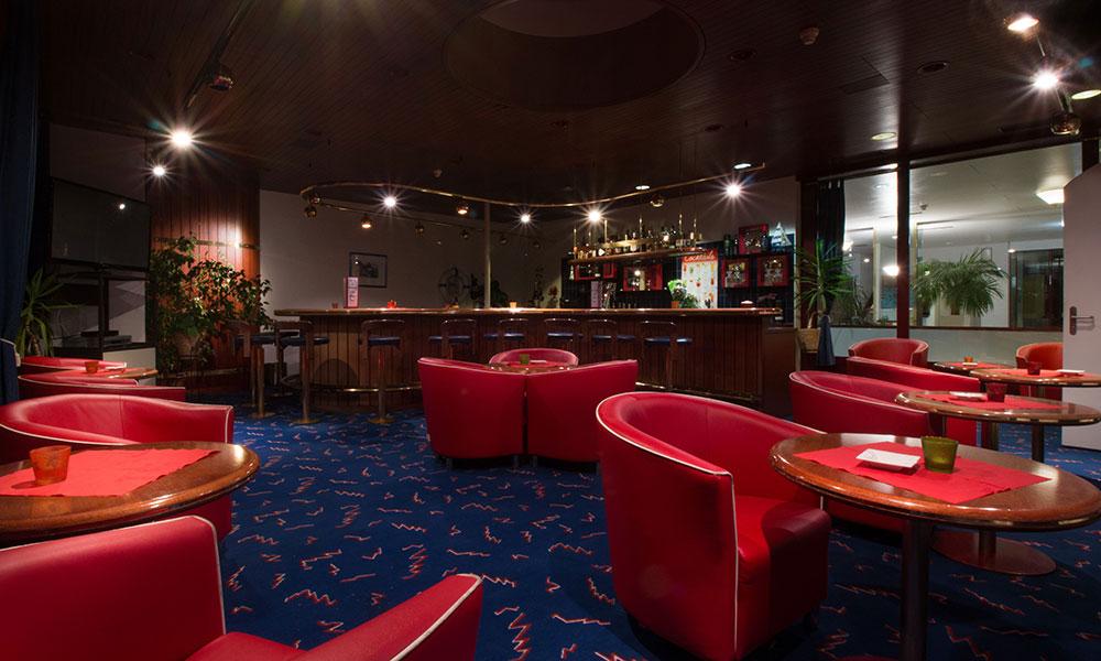 Intro Hotelbar-Drinks-Park-Hotel Inseli-cr-3857-1000x600