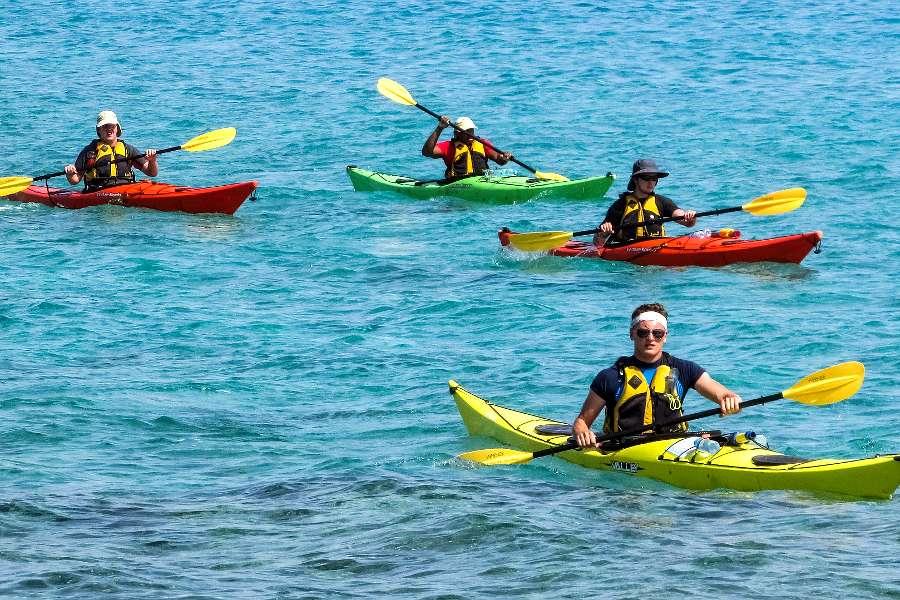 Kanu - Park-Hotel Inseli - canoe-kayak-2385207_1920 - 900x600