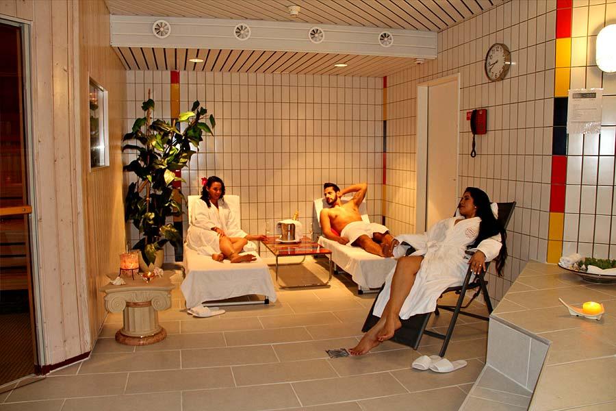Wellness-Entspannung-Parkhotel-Inseli-900x600